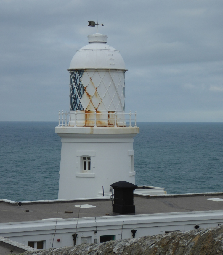 001_079_PendeenWatchLighthouse