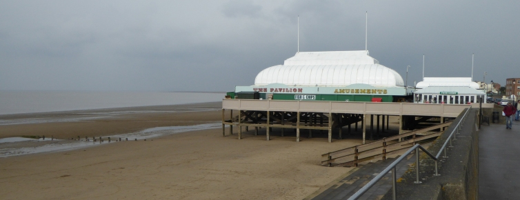 b_021_089_Burnham_on_Sea_Pier