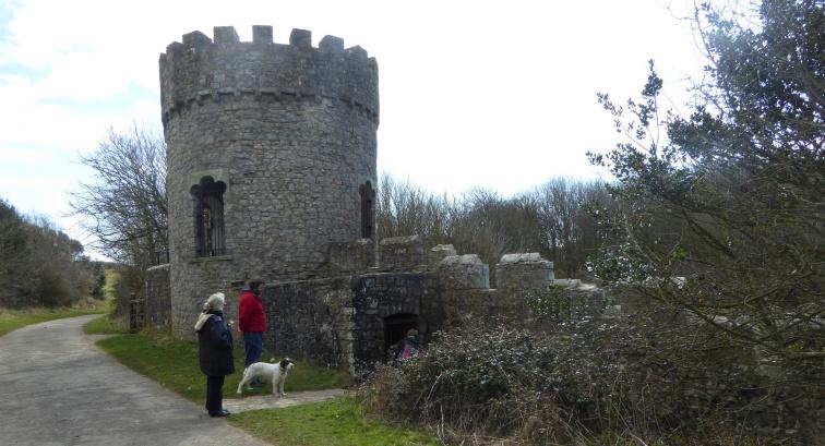b_029_057_Dunraven_Castle