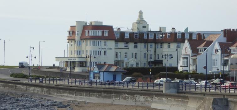 b_029_072_Porthcawl_Seafront
