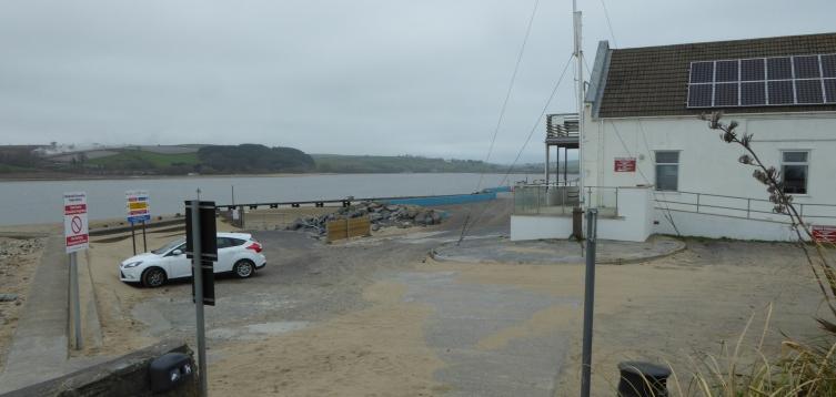 b_036_021_Ferryside_Quayside