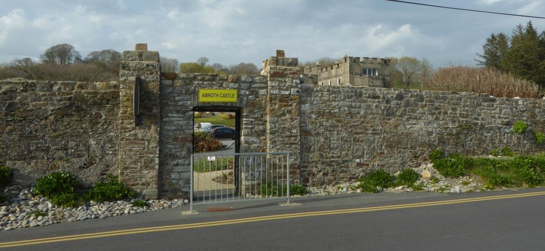 b_039_087_Amroth_Castle
