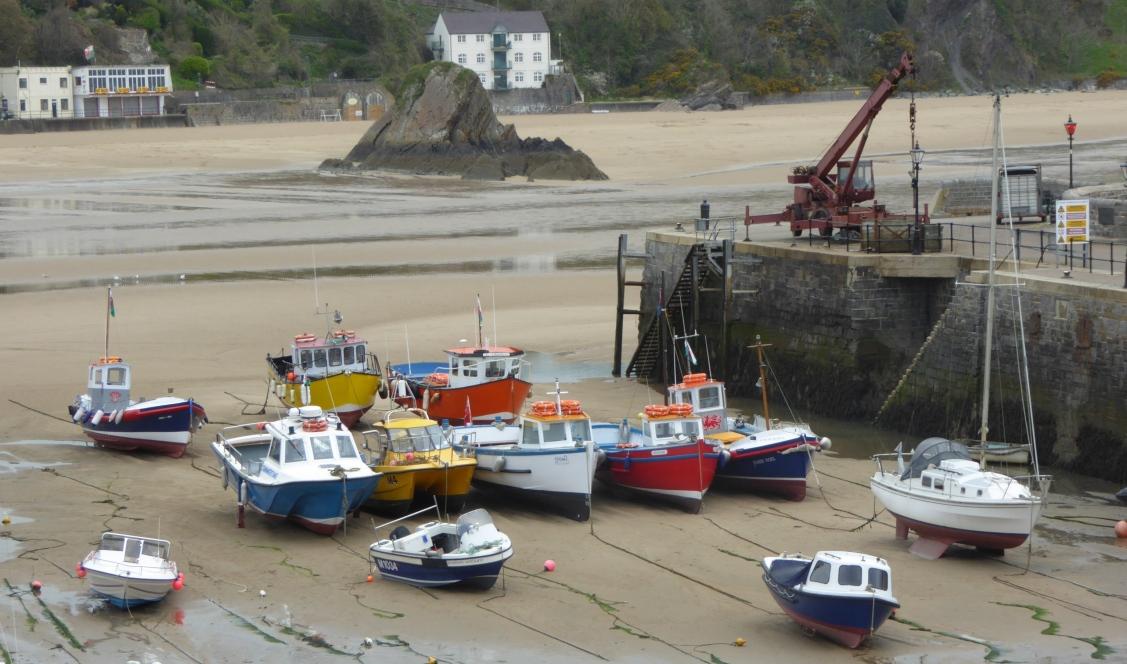 b_040_109_Tenby_Harbour