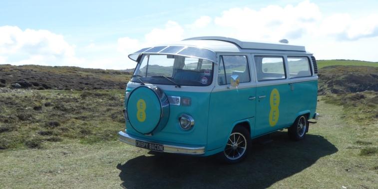 b_050_083_StrumbleHead_VW_Campervan_EE_Commercial
