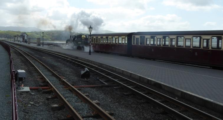 b_062_175_Porthmadog_Ffestiniog_Railway