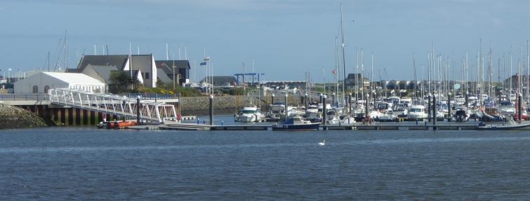 b_063_192_Pwllheli_Harbour