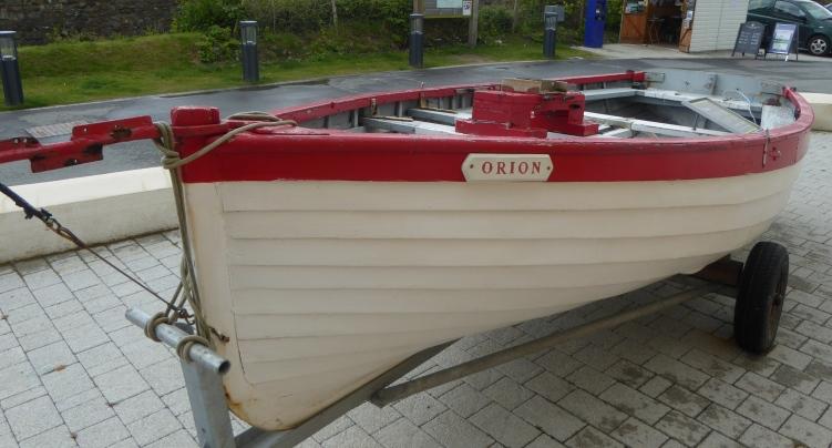 b_064_229_Aberdaron_National_Trust_Boat