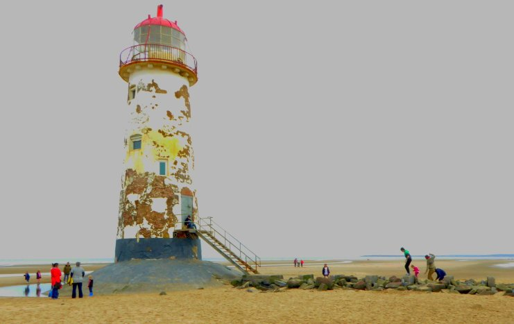 b_071_078_Point_Of_Ayr_Lighthouse