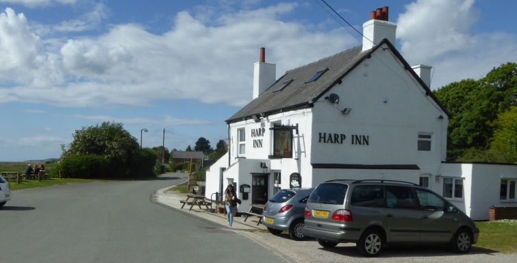 b_072_104_Neston_Harp_Inn