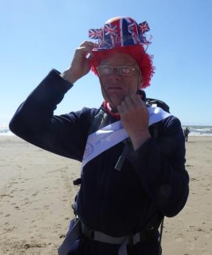 b_075_030_Crosby_Beach_Tony