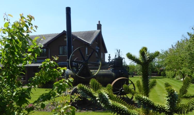 b_078_079_Hesketh_Bank_Steam_Tractor_In_Garden