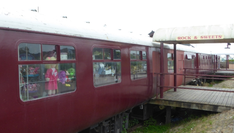 b_079_112_StAnnes_Railway_Carriage