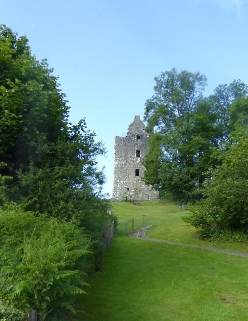 b_101_205_GatehouseOfFleet_Cardoness_Castle
