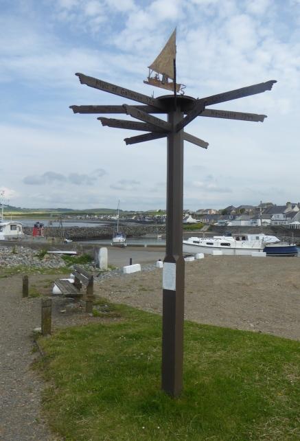 b_105_011_PortWilliam_Signpost