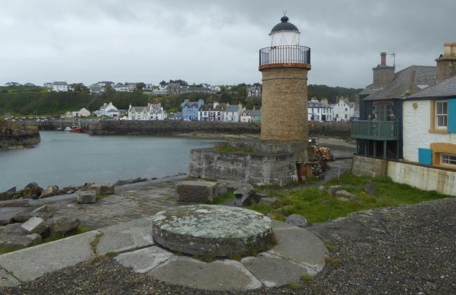b_108_090_Portpatrick_Lighthouse