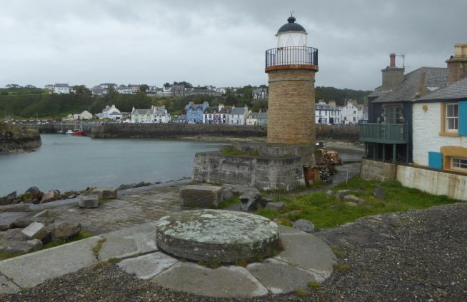 b_108_090_Portpatrick_Lighthouse