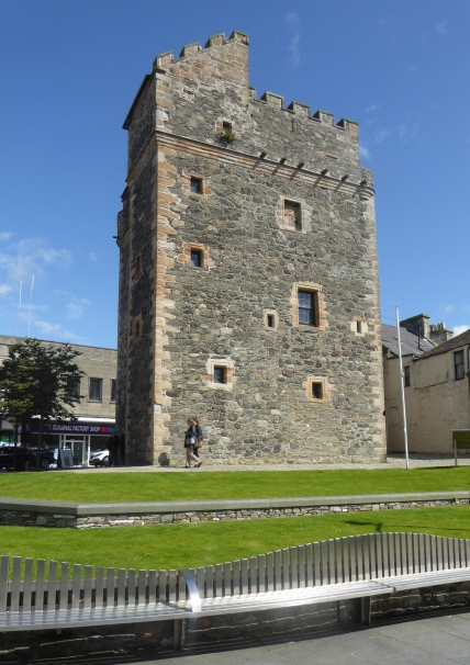 b_110_137_Stranraer_Castle