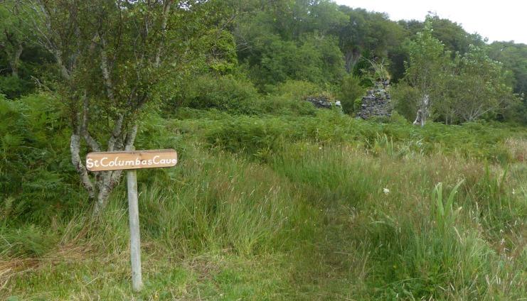 b_124_123_LochCaolisport_StColumbas_Cave