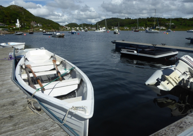 b_126_198_Tayvallick_Harbour