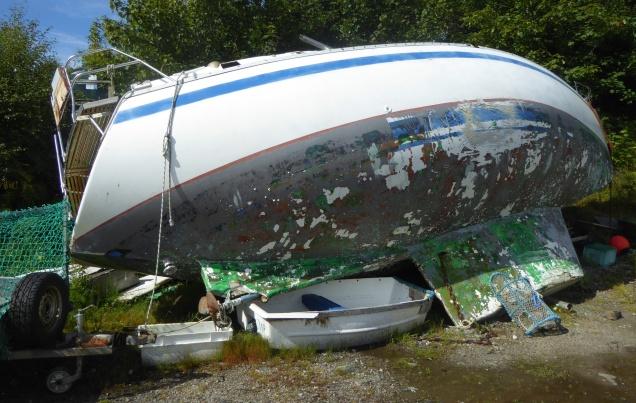 b_126_201_Carsaig_Boat