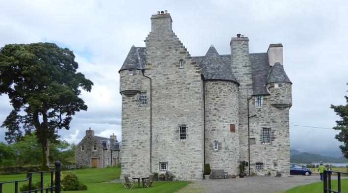 b_132_091_Barcaldine_Castle