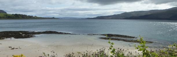 b_136_161_Lochaline_Beach