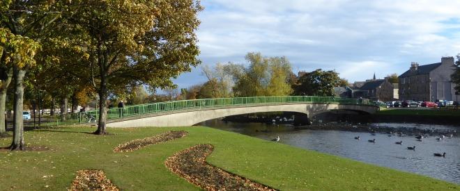 b_251_031_Musselburgh_Gardens