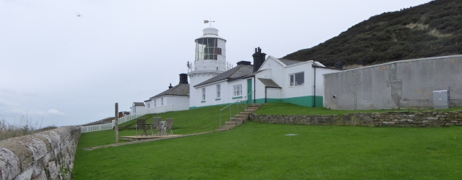 b_267_351_WhitestonePoint_Lighthouse