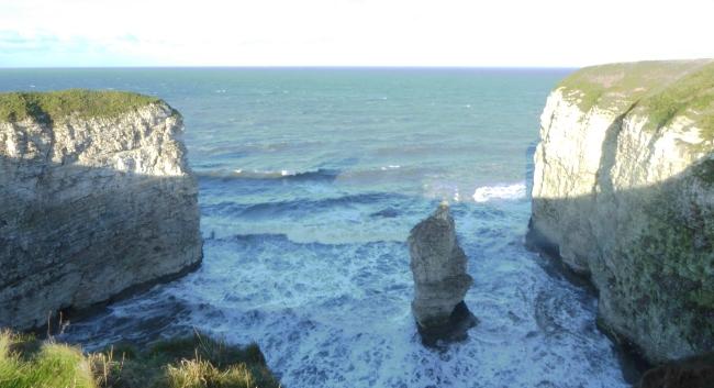 b_270_027_FlamboroughHead_Cliffs